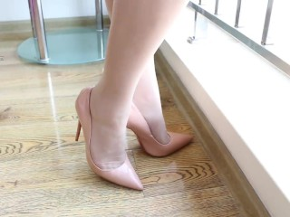 Sexy High Heels & Foot Fetish From Asian